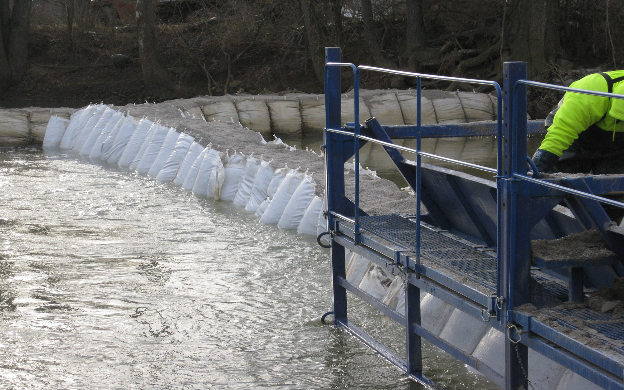 Guardian Retention Systems erosion control solutions flood fighting